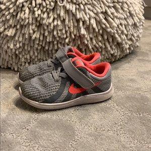 Nike toddler girl sneakers.
